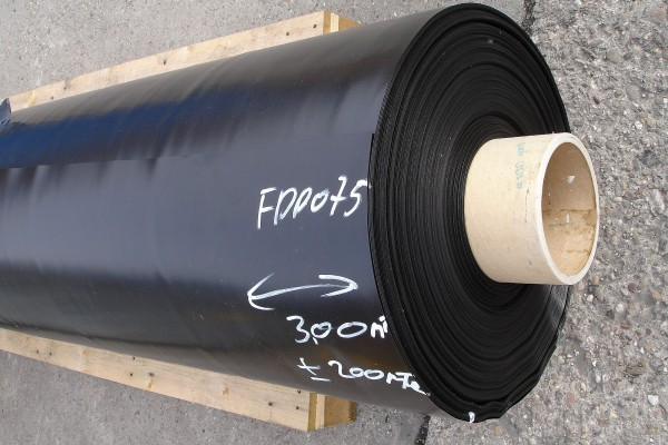 Wurzelschutzbahn FPP 0,6 mm schwarz ohne NAHT